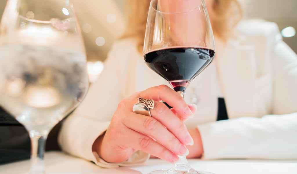 Лечение женского алкоголизма в Клязьме анонимно